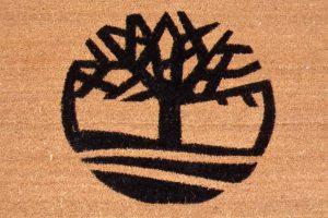 zerbino in cocco con personalizzazione ad intarsio